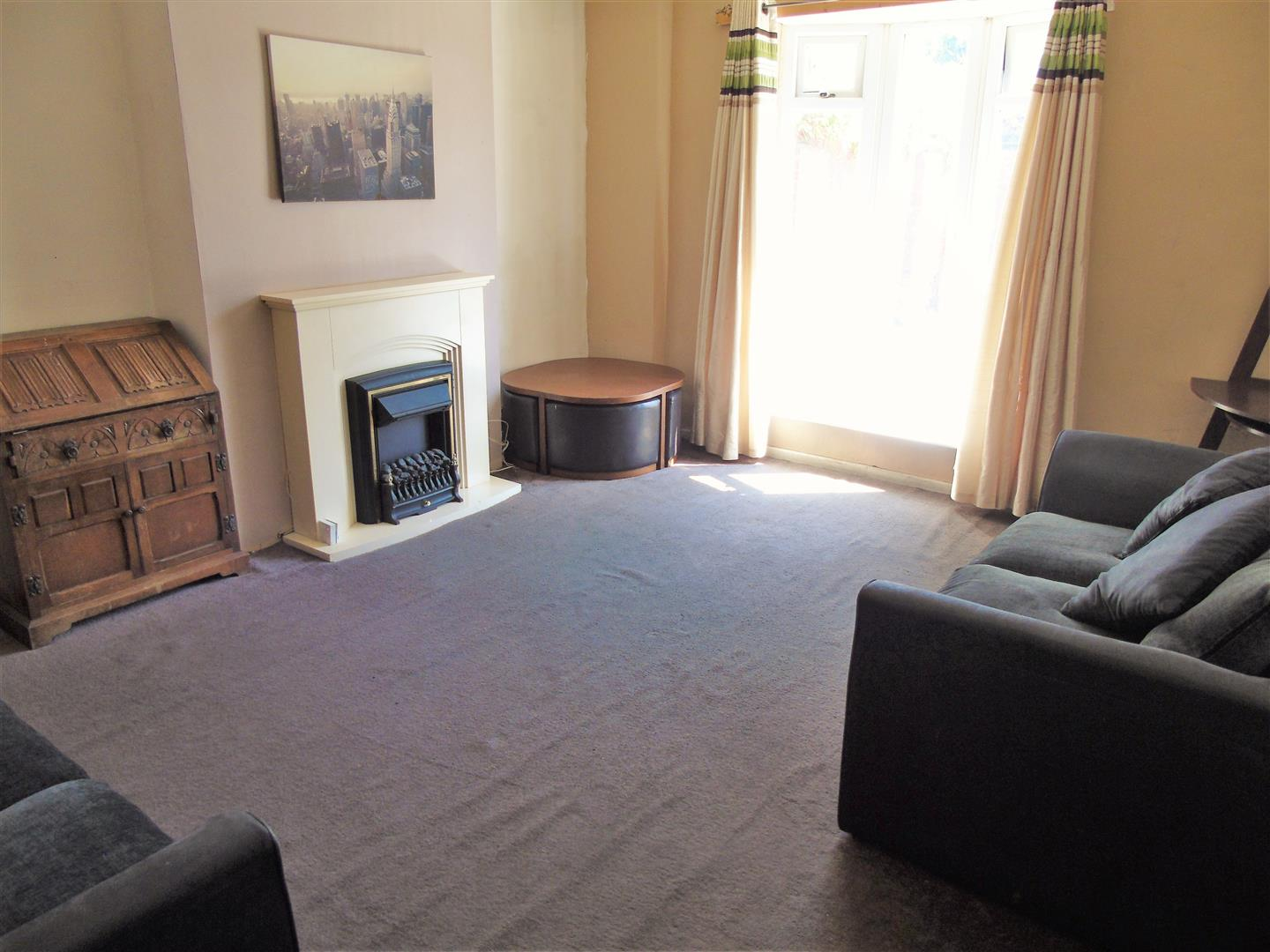 4 Bedrooms, House - End Terrace, Cunard Road, Liverpool